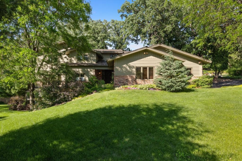 13200 Cardinal Creek Road Property Photo - Eden Prairie, MN real estate listing