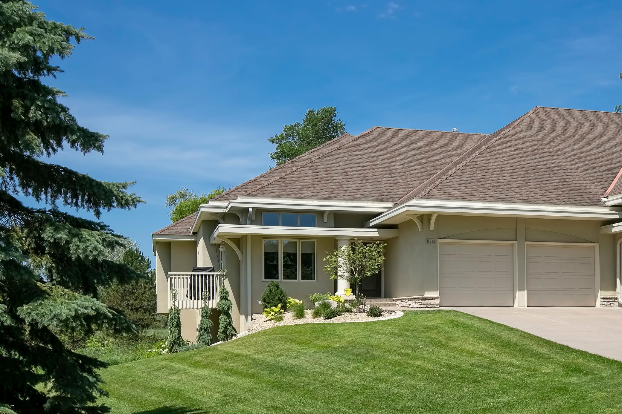 11712 Foxhall Property Photo - Minnetonka, MN real estate listing