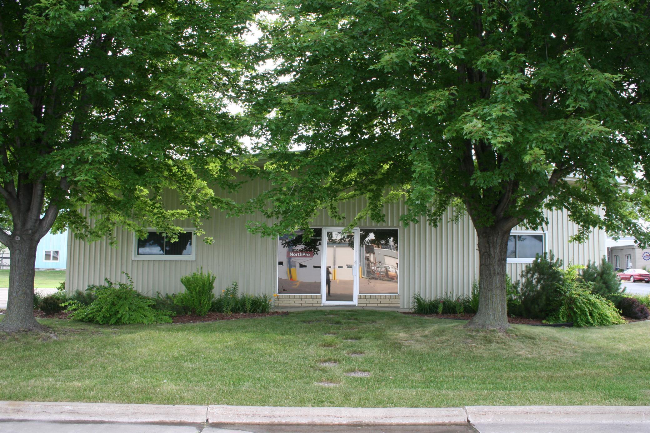 711 S Pine Street Property Photo