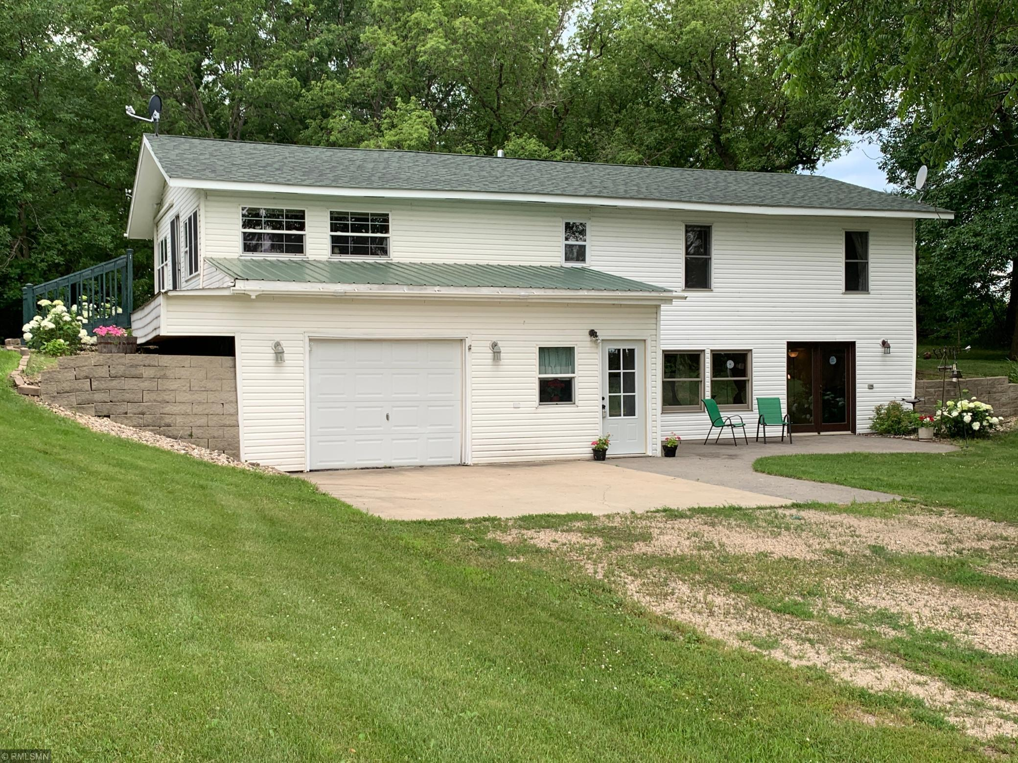 260 160th NE Property Photo - Murdock, MN real estate listing