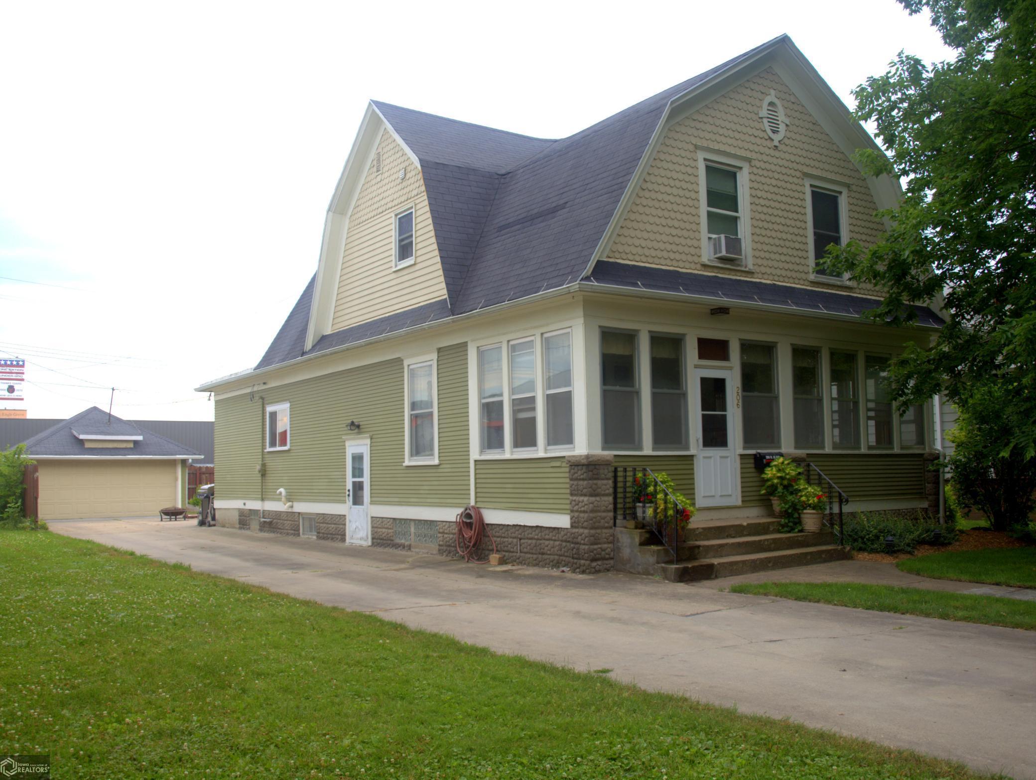 206 Iowa Property Photo - Eagle Grove, IA real estate listing