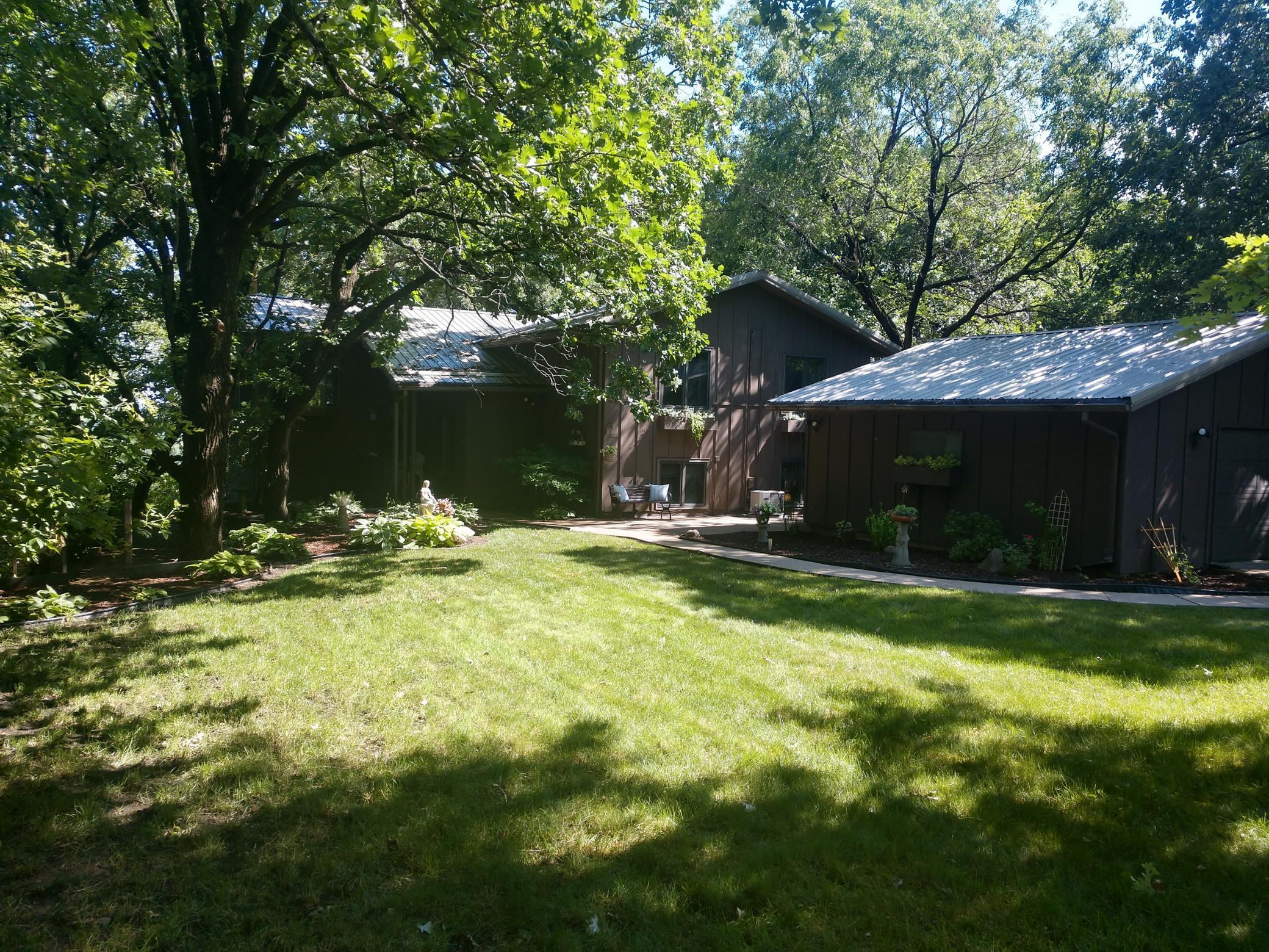 132 Woodhill Property Photo - Redwood Falls, MN real estate listing