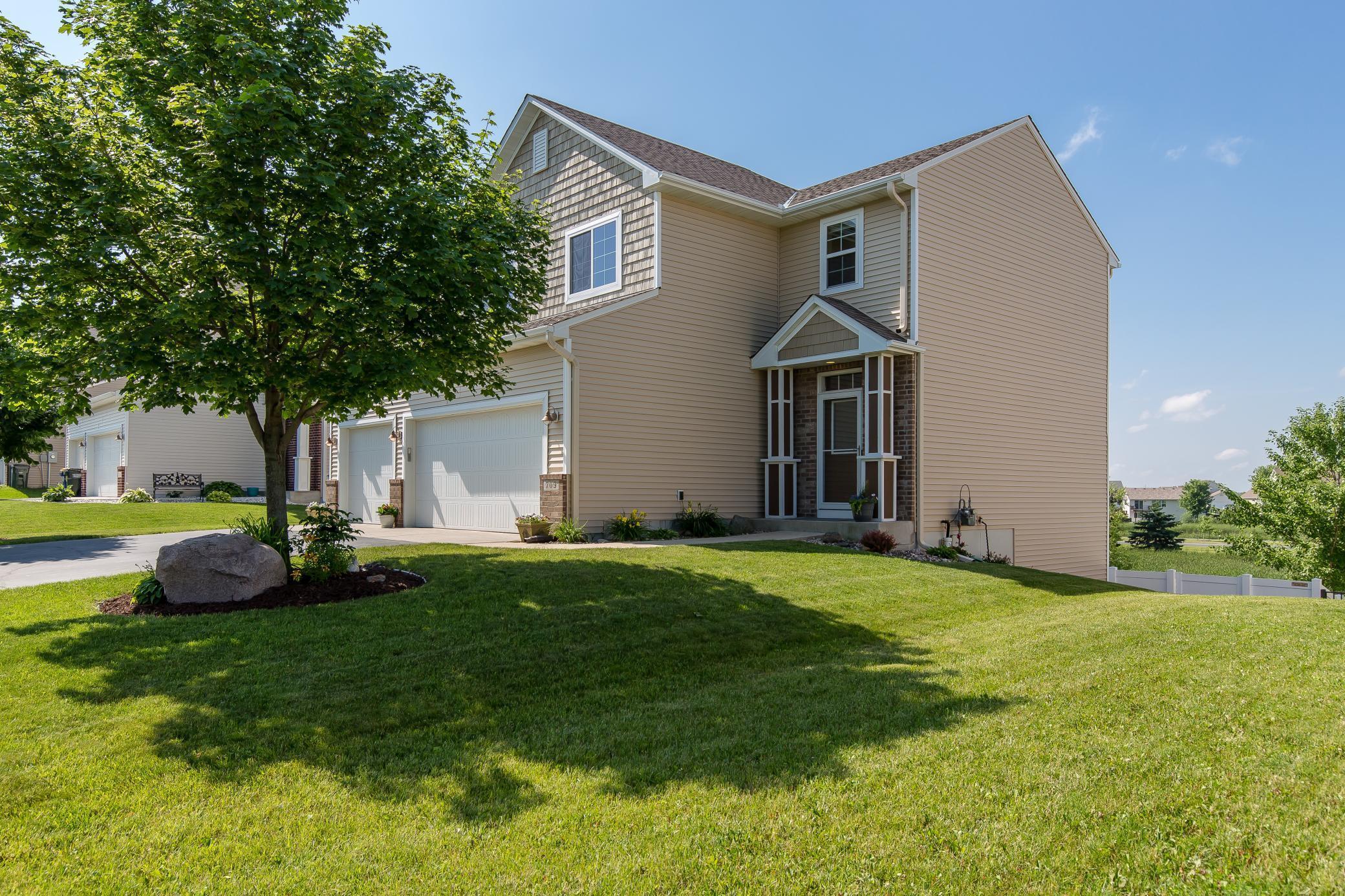 709 Golden Oak NE Property Photo - Lonsdale, MN real estate listing