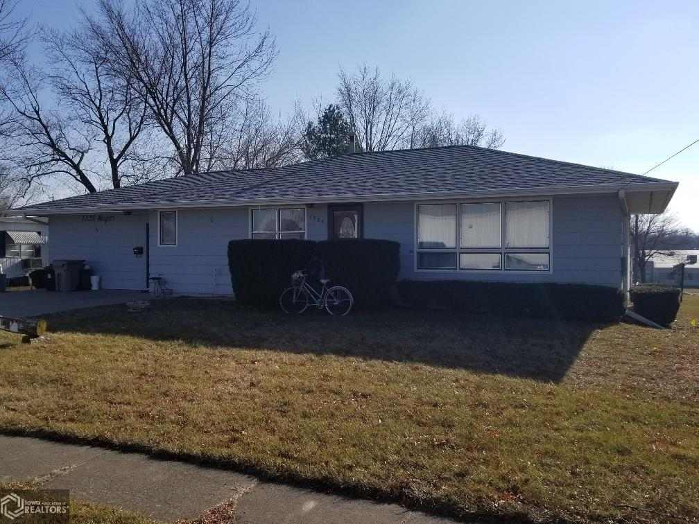 1335 Haynes Property Photo - Centerville, IA real estate listing