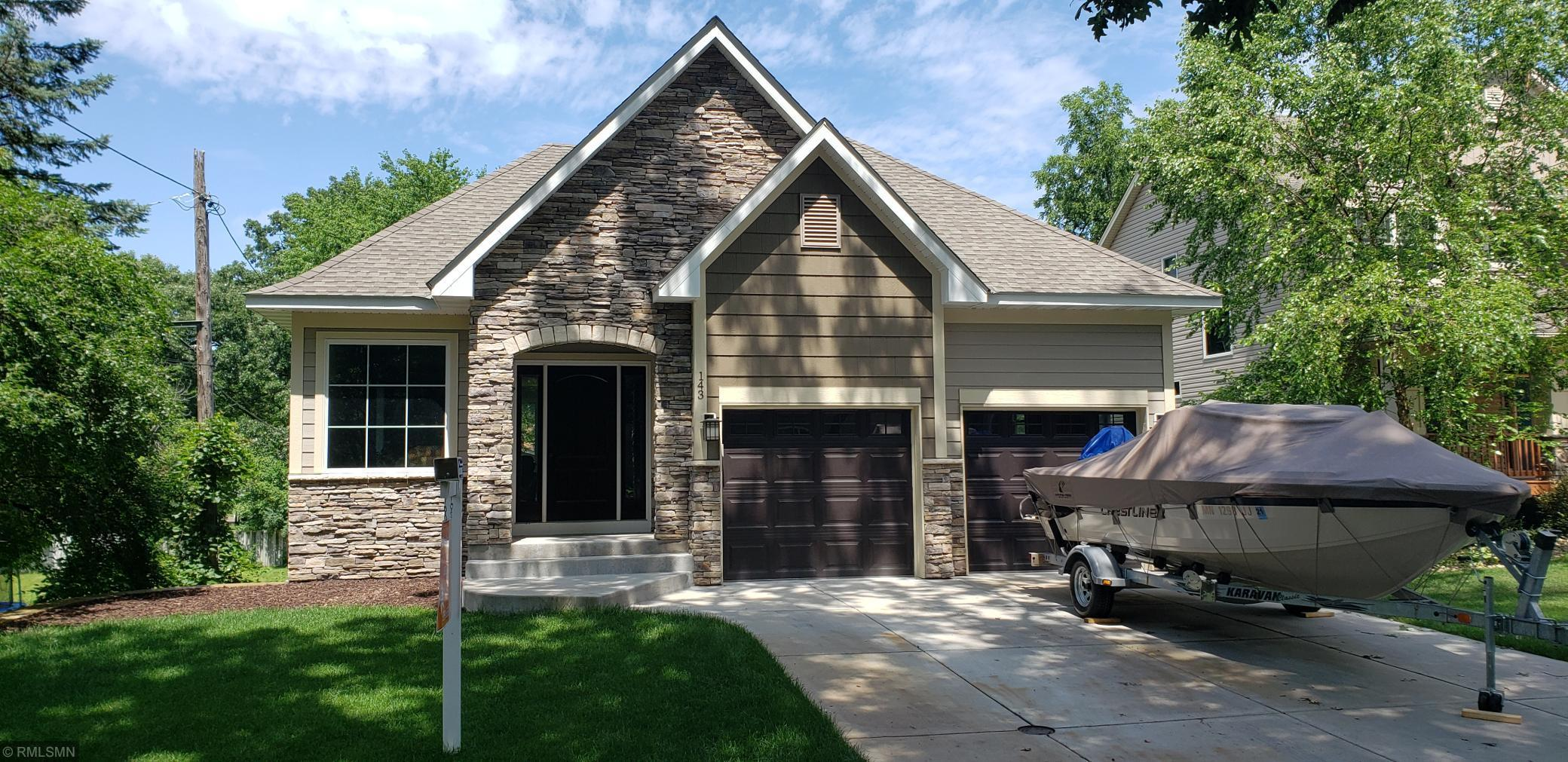 143 Ivy Property Photo - Mahtomedi, MN real estate listing