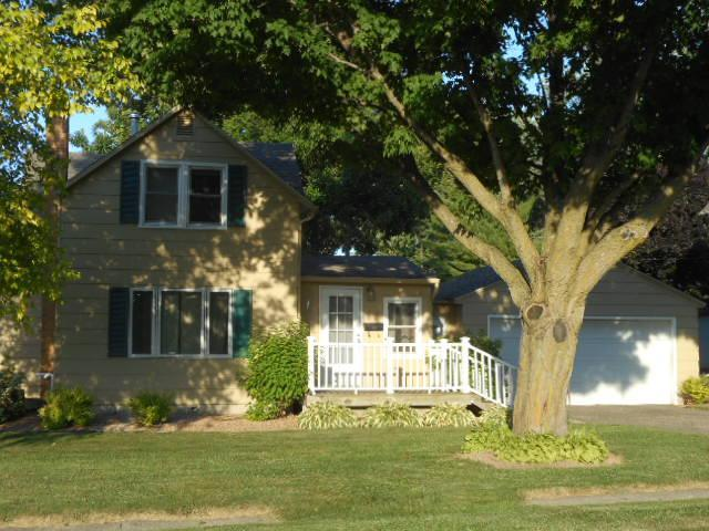 708 Broadway Property Photo - Hartland, MN real estate listing