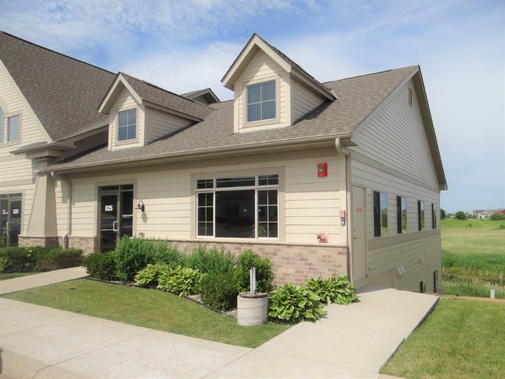825 Meander Court Property Photo