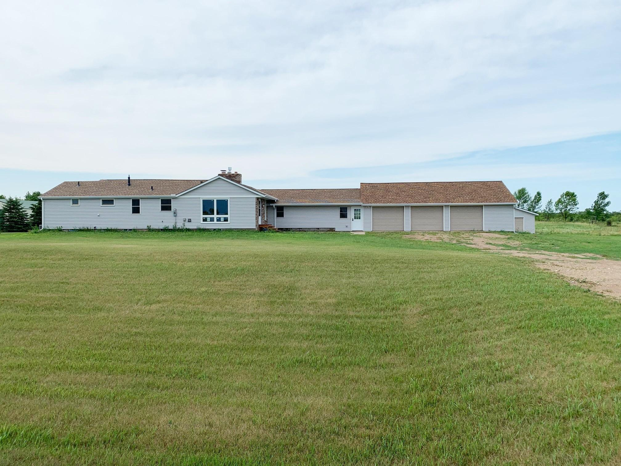 14807 225th Avenue NE Property Photo - Hawick, MN real estate listing