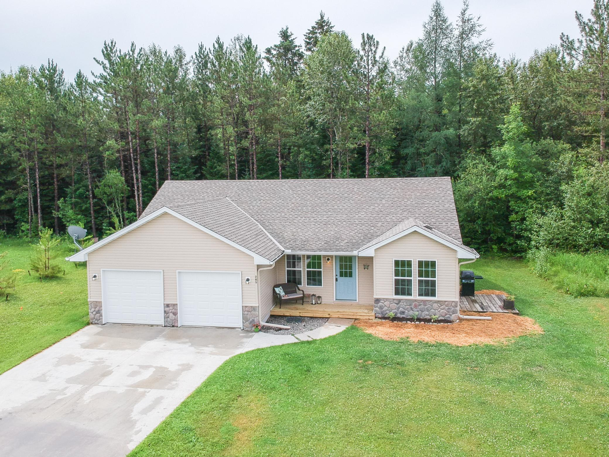 205 SCENIC ESTATES Drive Property Photo - Bigfork, MN real estate listing