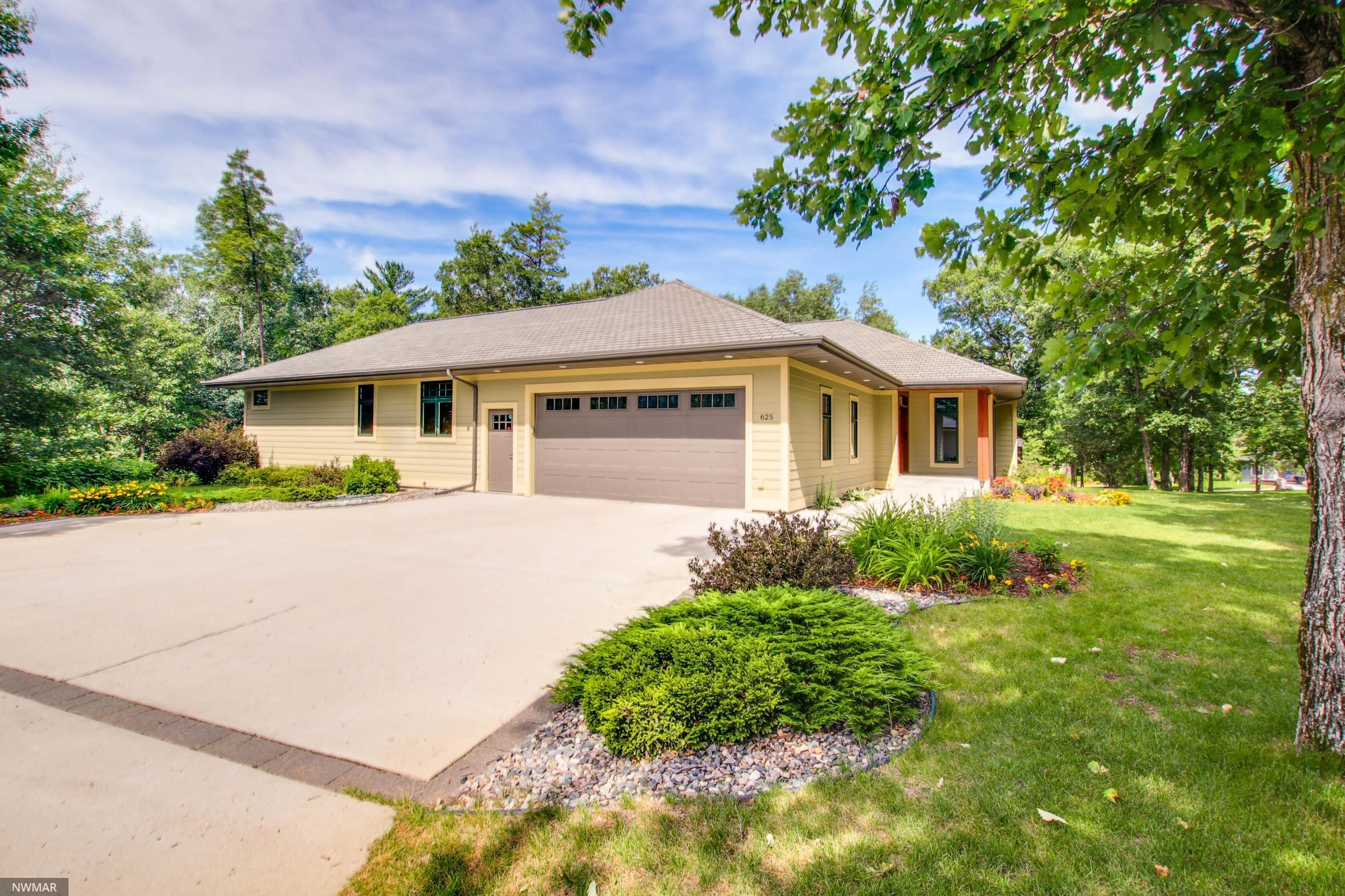625 Robin SW Property Photo - Bemidji, MN real estate listing