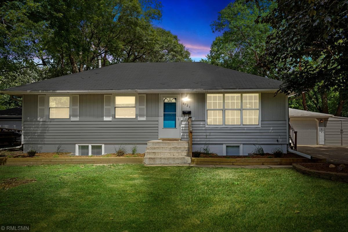 8221 13th Avenue S Property Photo - Bloomington, MN real estate listing