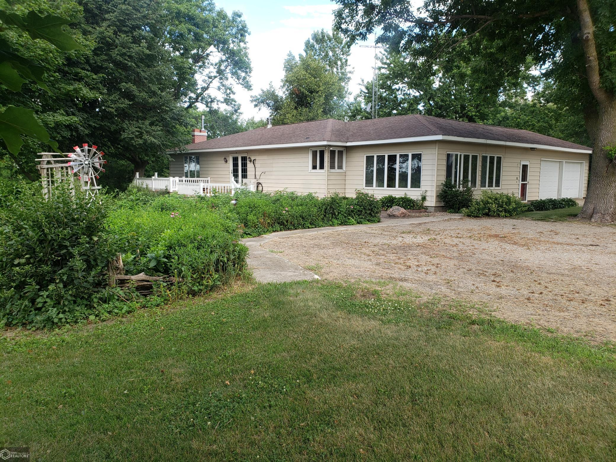 3702 240th Property Photo - Buffalo Center, IA real estate listing