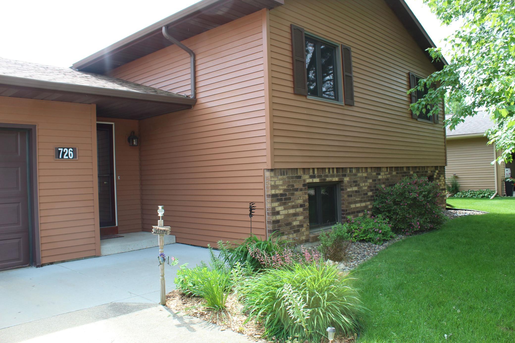 726 Madison Avenue SW Property Photo - Eyota, MN real estate listing