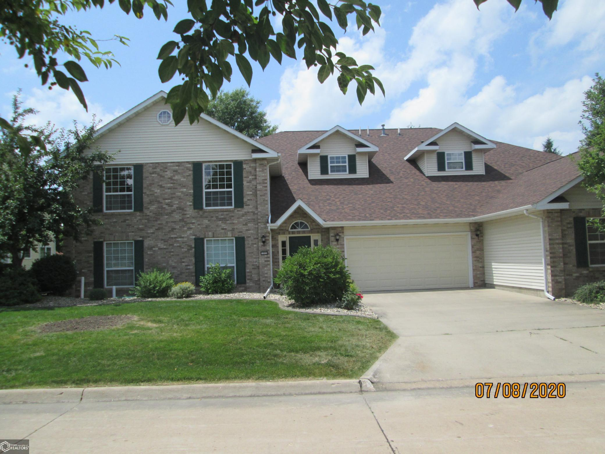 1505 Orchard Meadow #C Property Photo - Burlington, IA real estate listing