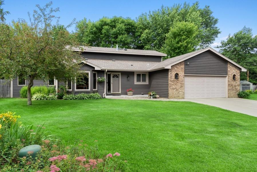 11168 Sumter Property Photo - Bloomington, MN real estate listing
