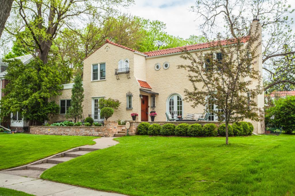 5127 Irving Avenue S Property Photo - Minneapolis, MN real estate listing