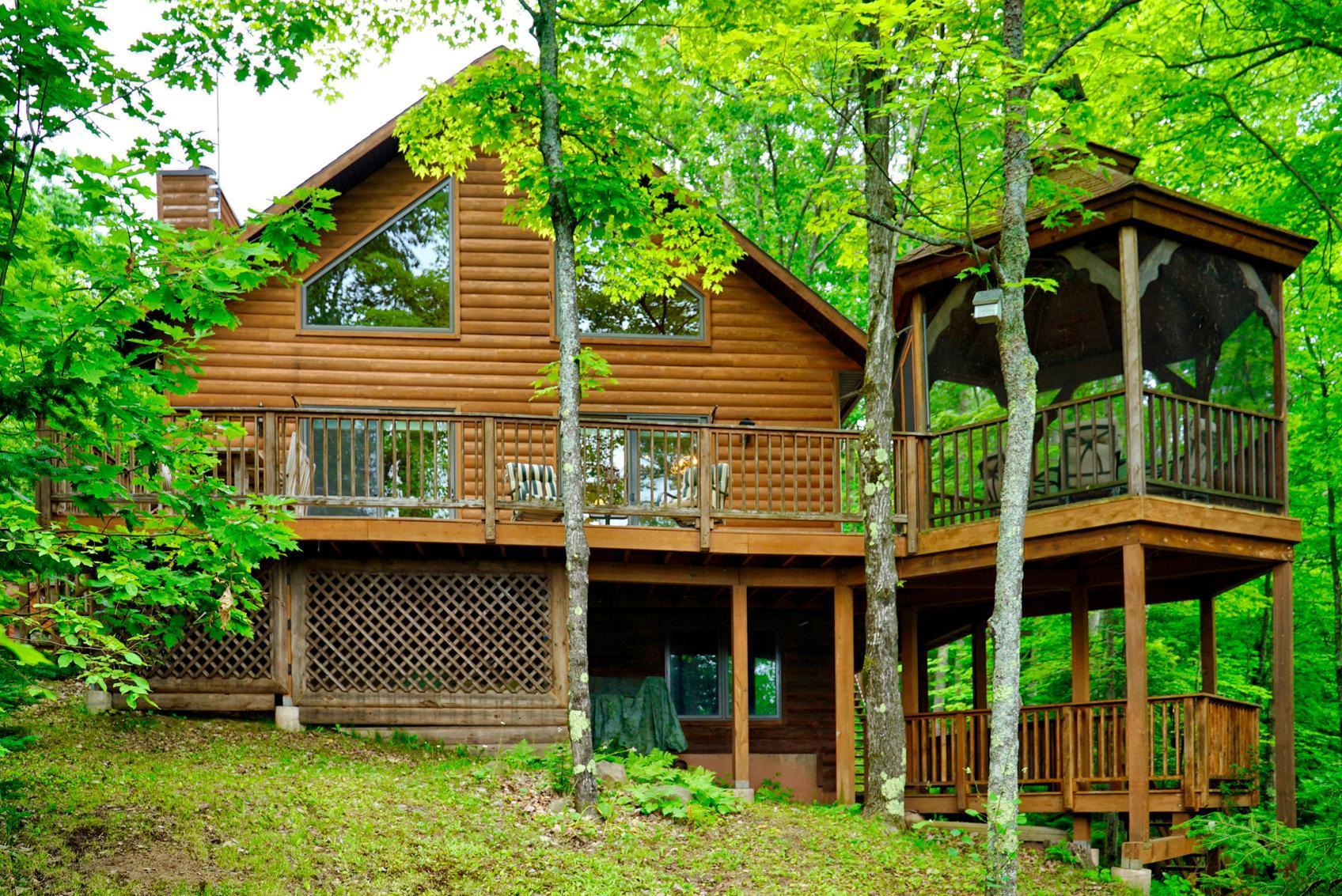 2984 North Shore Property Photo - La Pointe, WI real estate listing