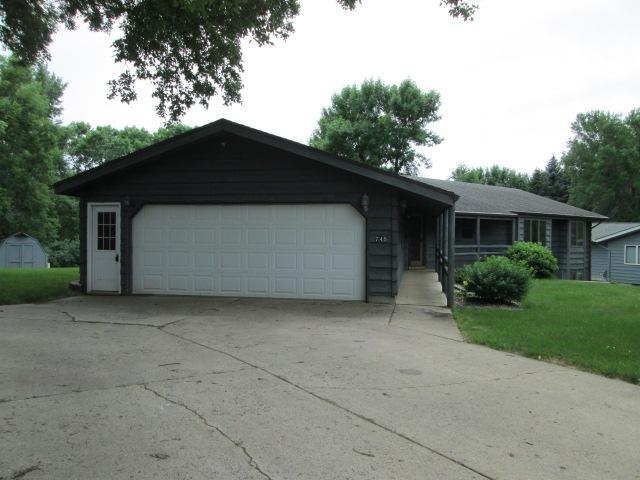745 20th Street Property Photo - Windom, MN real estate listing
