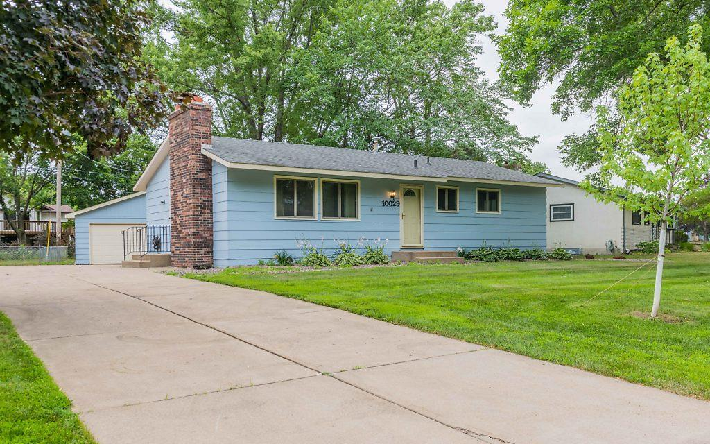 10029 100th N Property Photo - Maple Grove, MN real estate listing