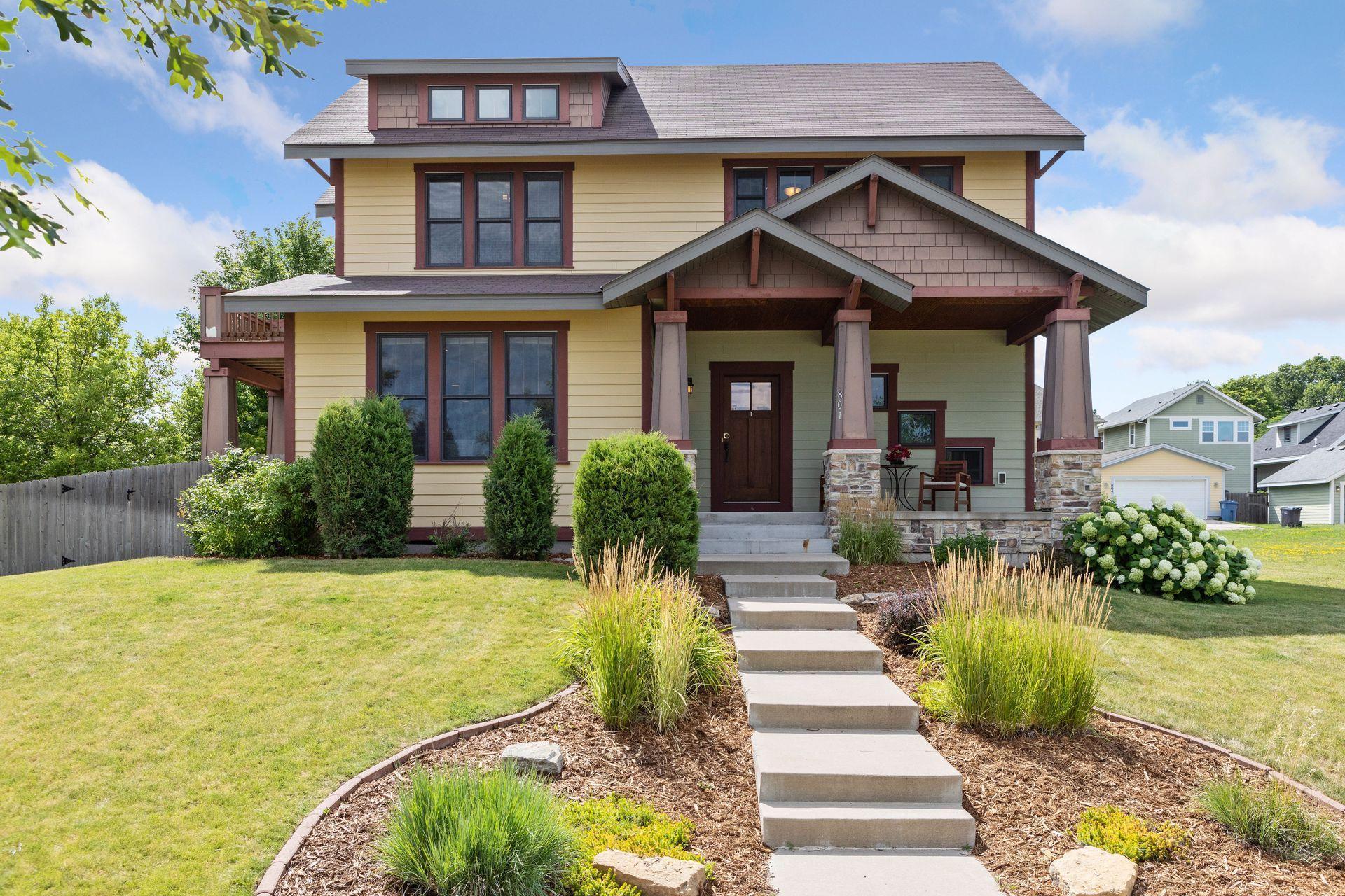 801 Van White Memorial Boulevard Property Photo - Minneapolis, MN real estate listing