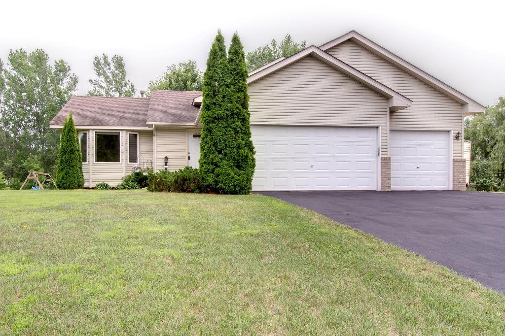 6037 259th Property Photo - Wyoming, MN real estate listing