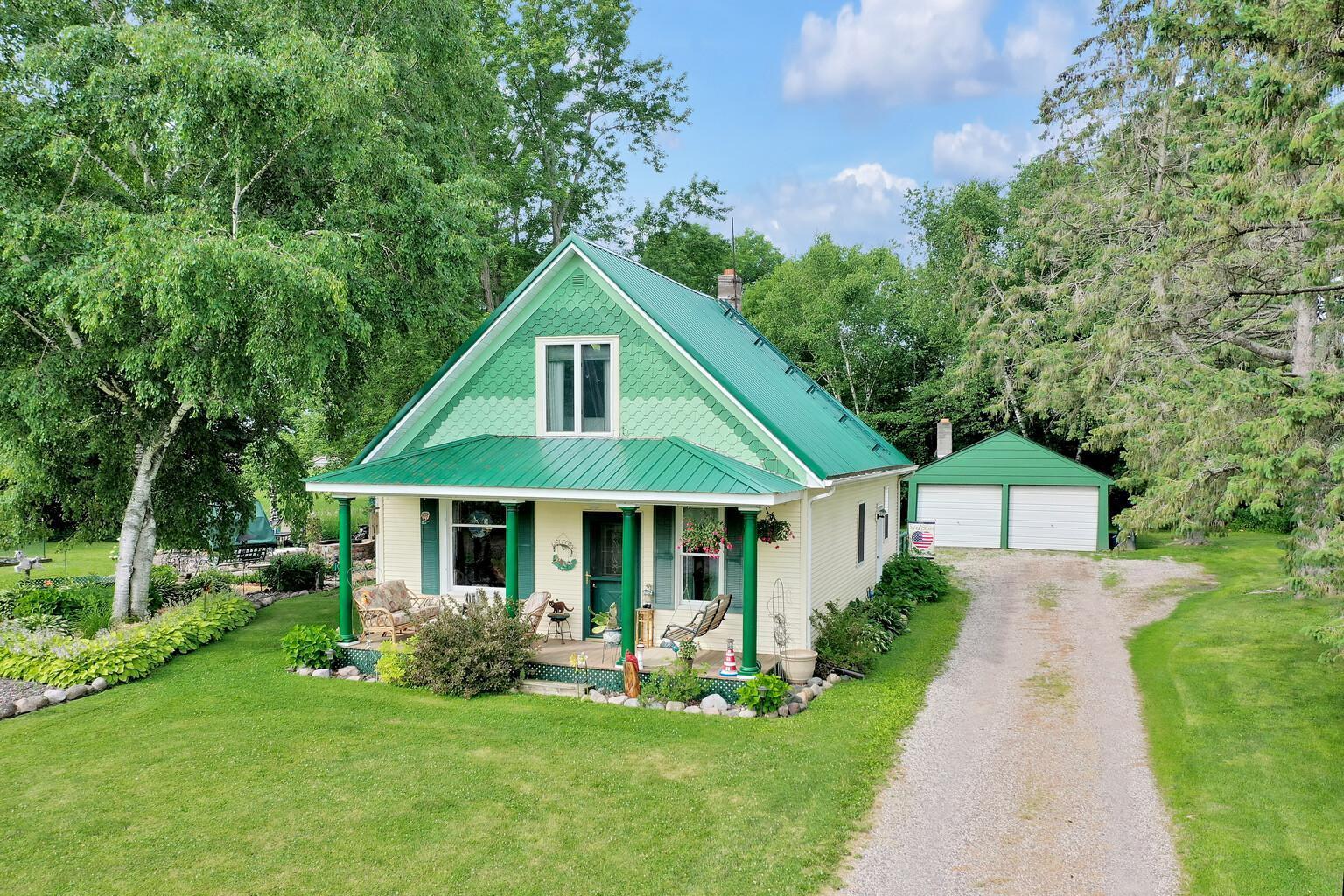 16841 Bloom Lake Road Property Photo - Shafer, MN real estate listing