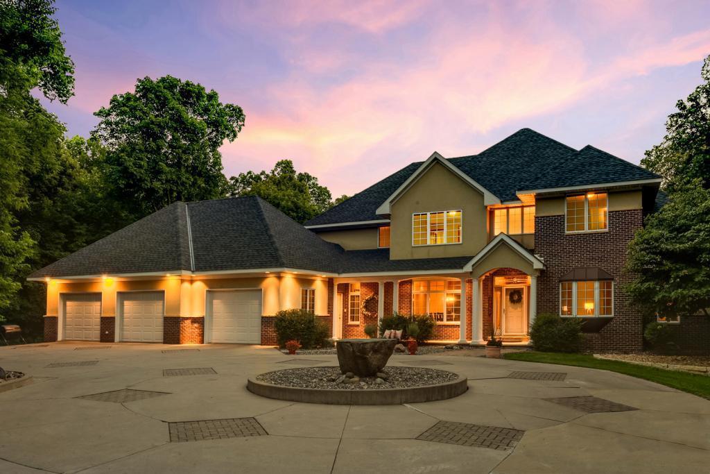 349 Creek Side Drive SE Property Photo - Saint Michael, MN real estate listing