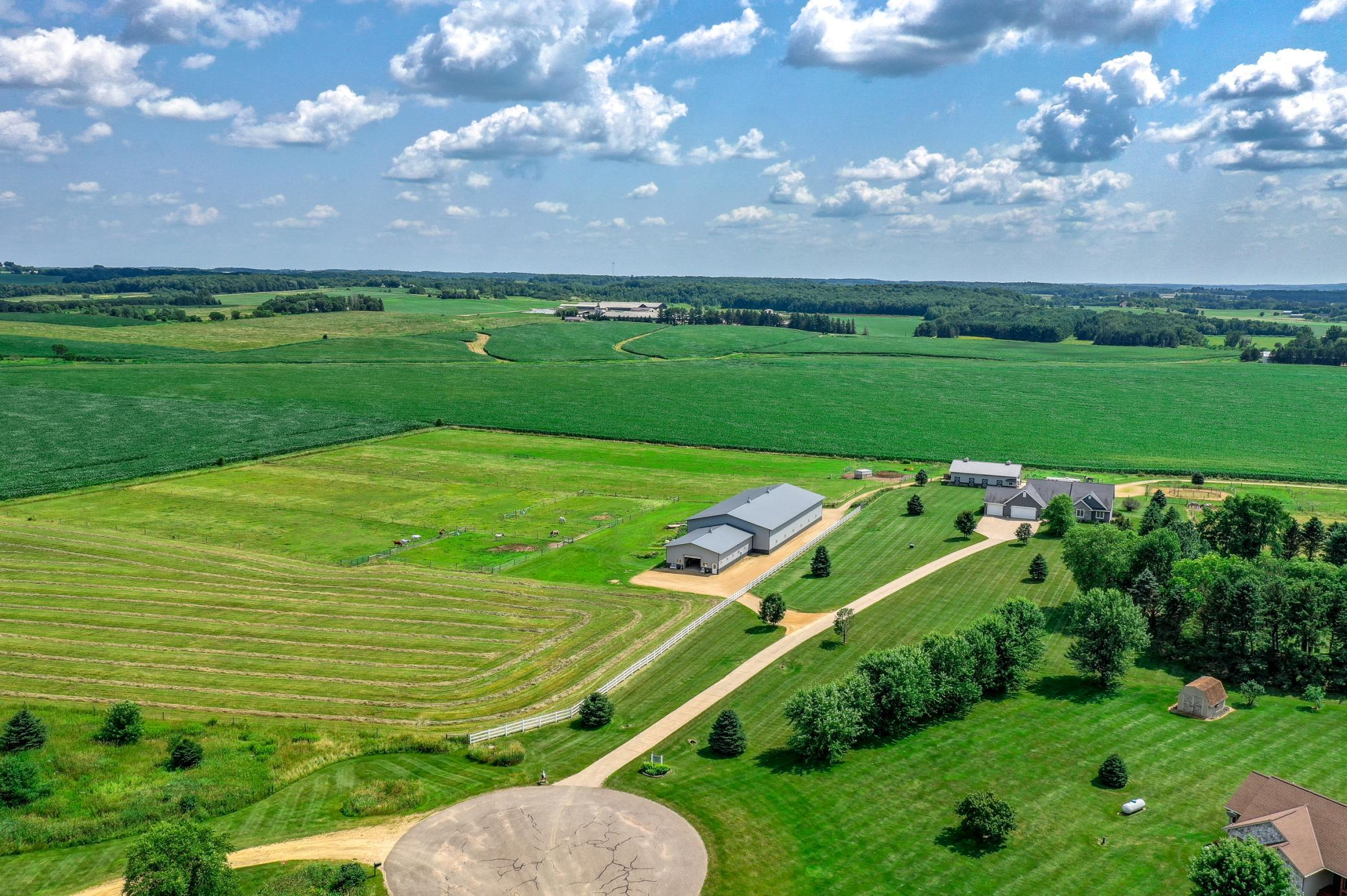 2013 Beacon Hill Property Photo - Baldwin Twp, WI real estate listing