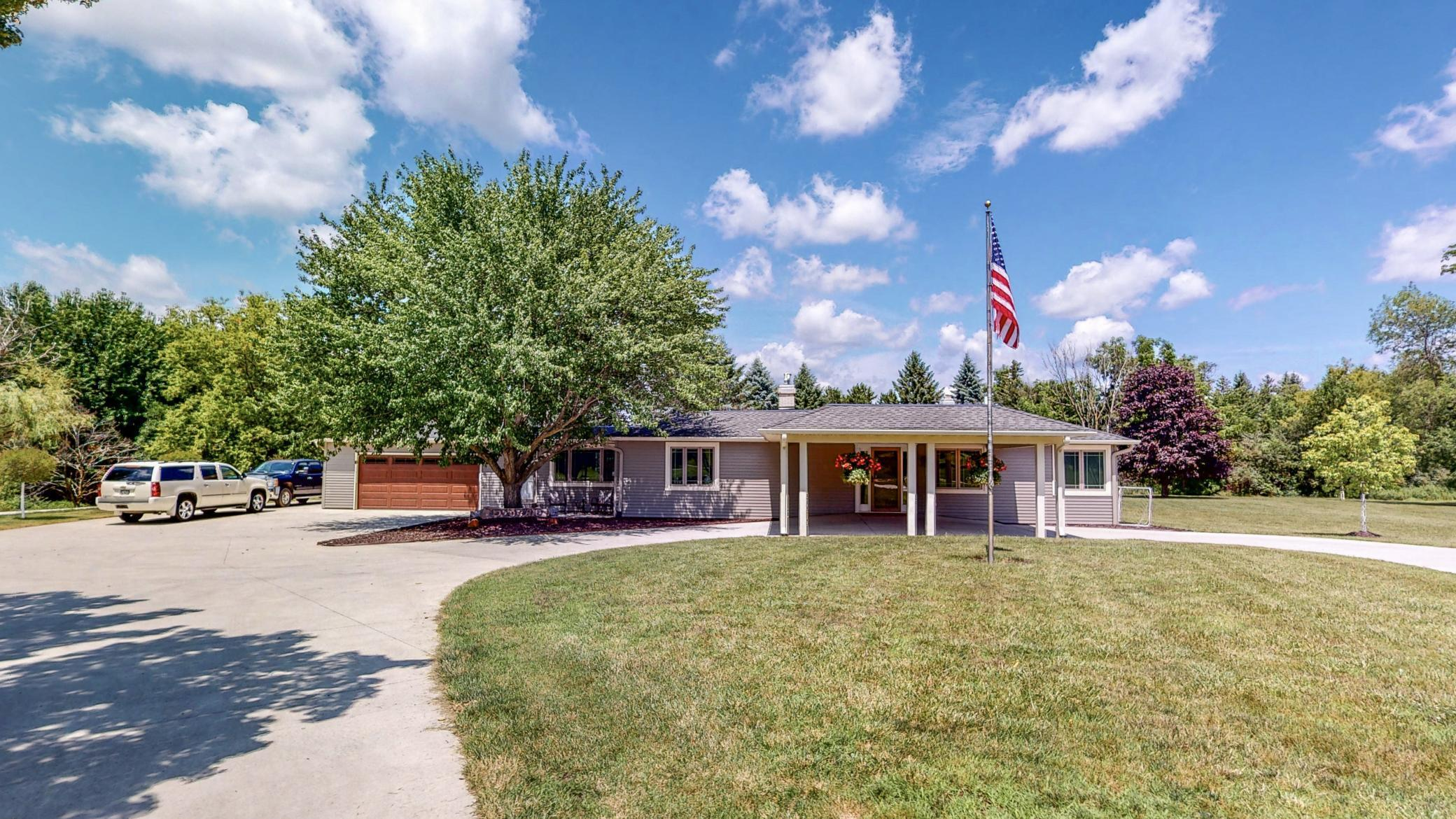 5415 Country Club Road SW Property Photo - Rochester, MN real estate listing