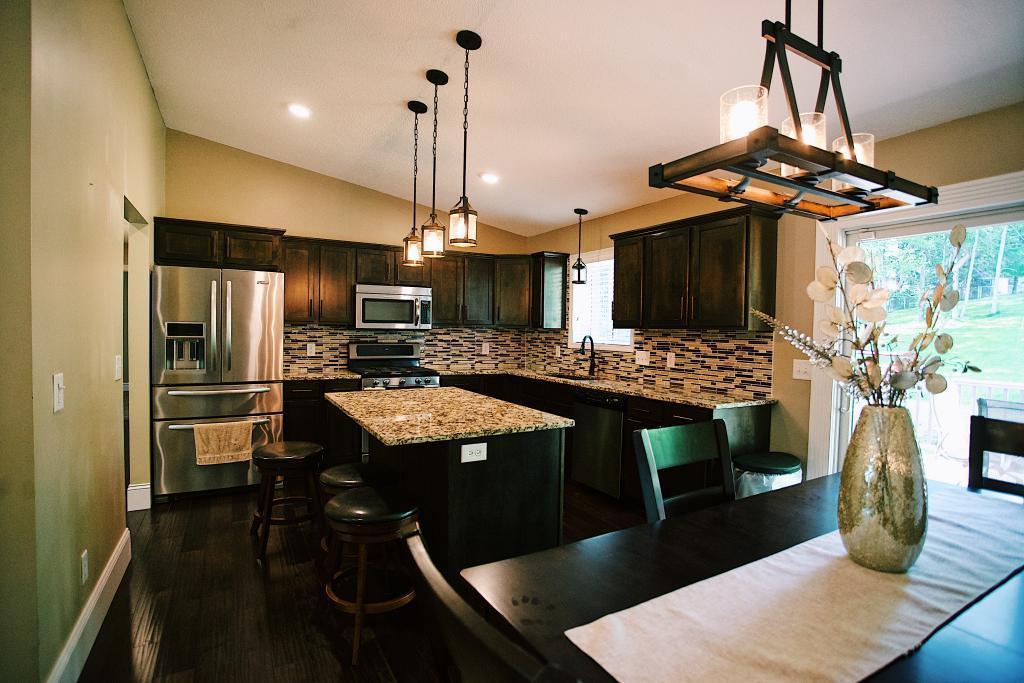 282 Chelsea Street Property Photo - Mahtomedi, MN real estate listing