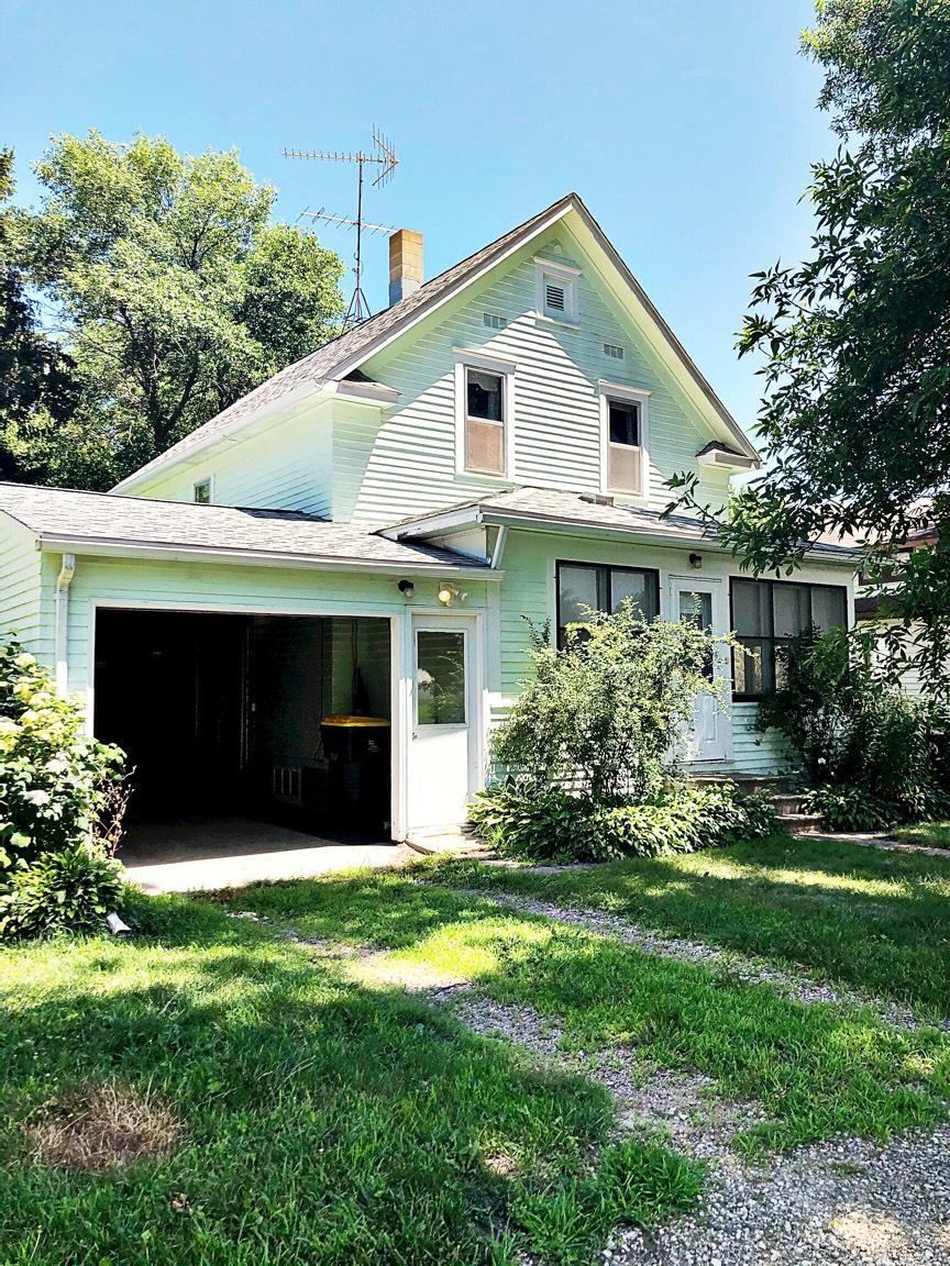408 4th Street E Property Photo - Morgan, MN real estate listing