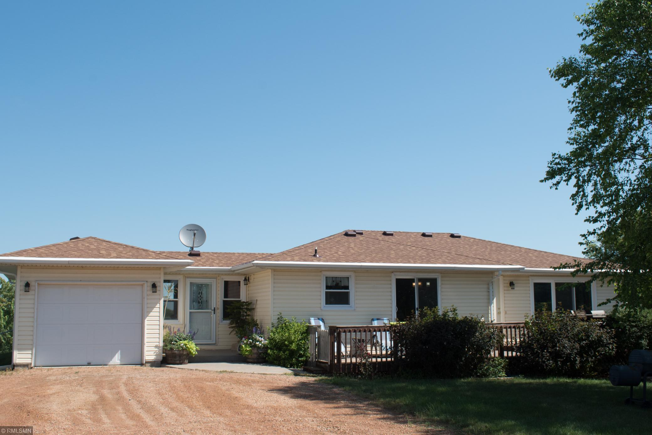 6430 160th Street Property Photo - Glencoe, MN real estate listing