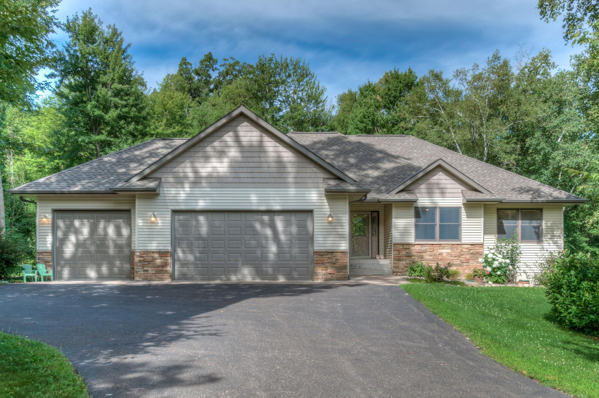 519 272nd Street Property Photo - Osceola, WI real estate listing