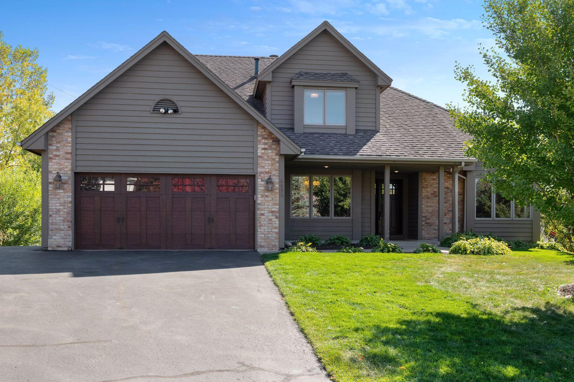 6601 Promontory Drive Property Photo - Eden Prairie, MN real estate listing