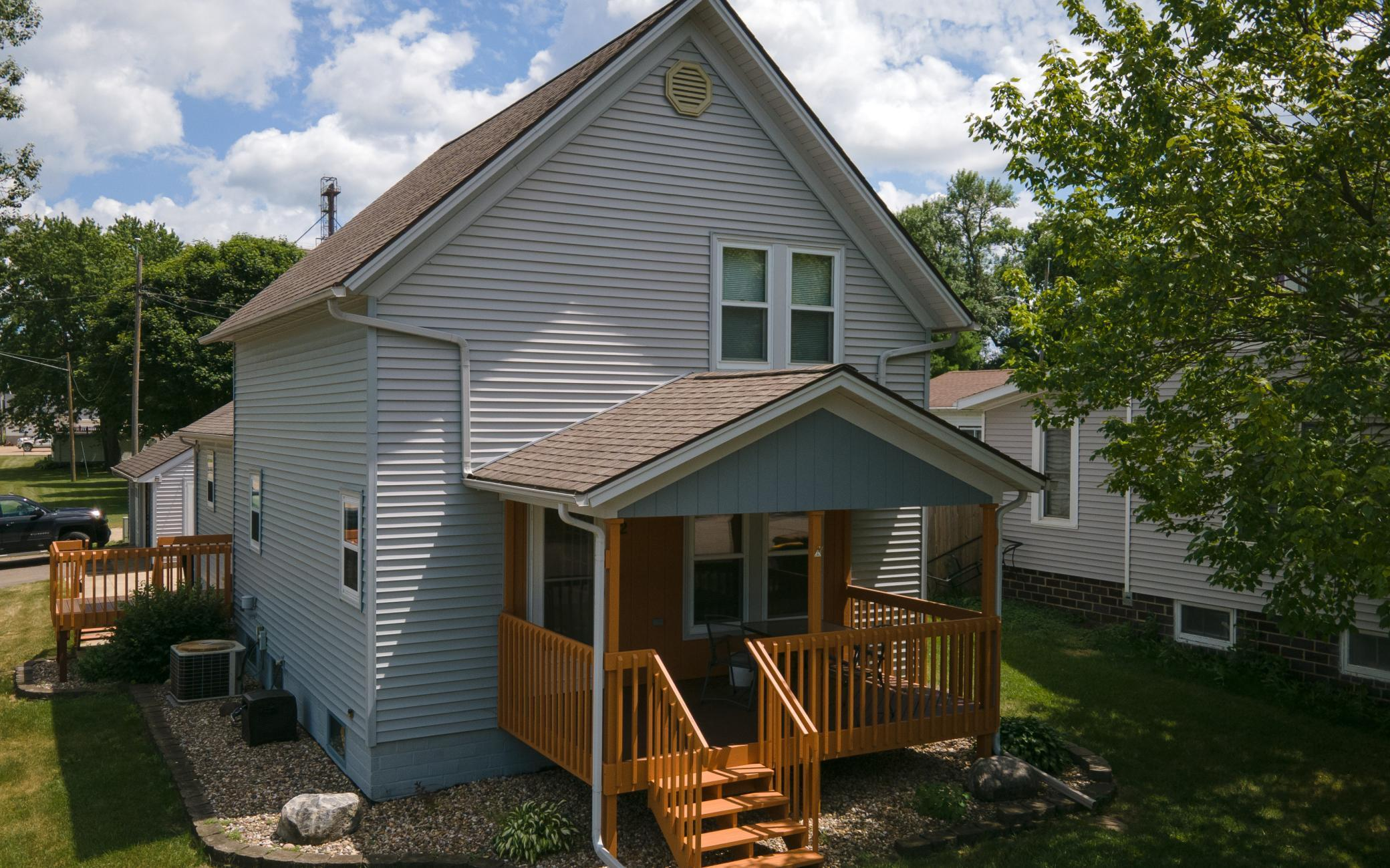 622 Broadway Property Photo - Hartland, MN real estate listing