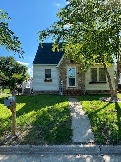 402 2nd S Property Photo - Grove City, MN real estate listing