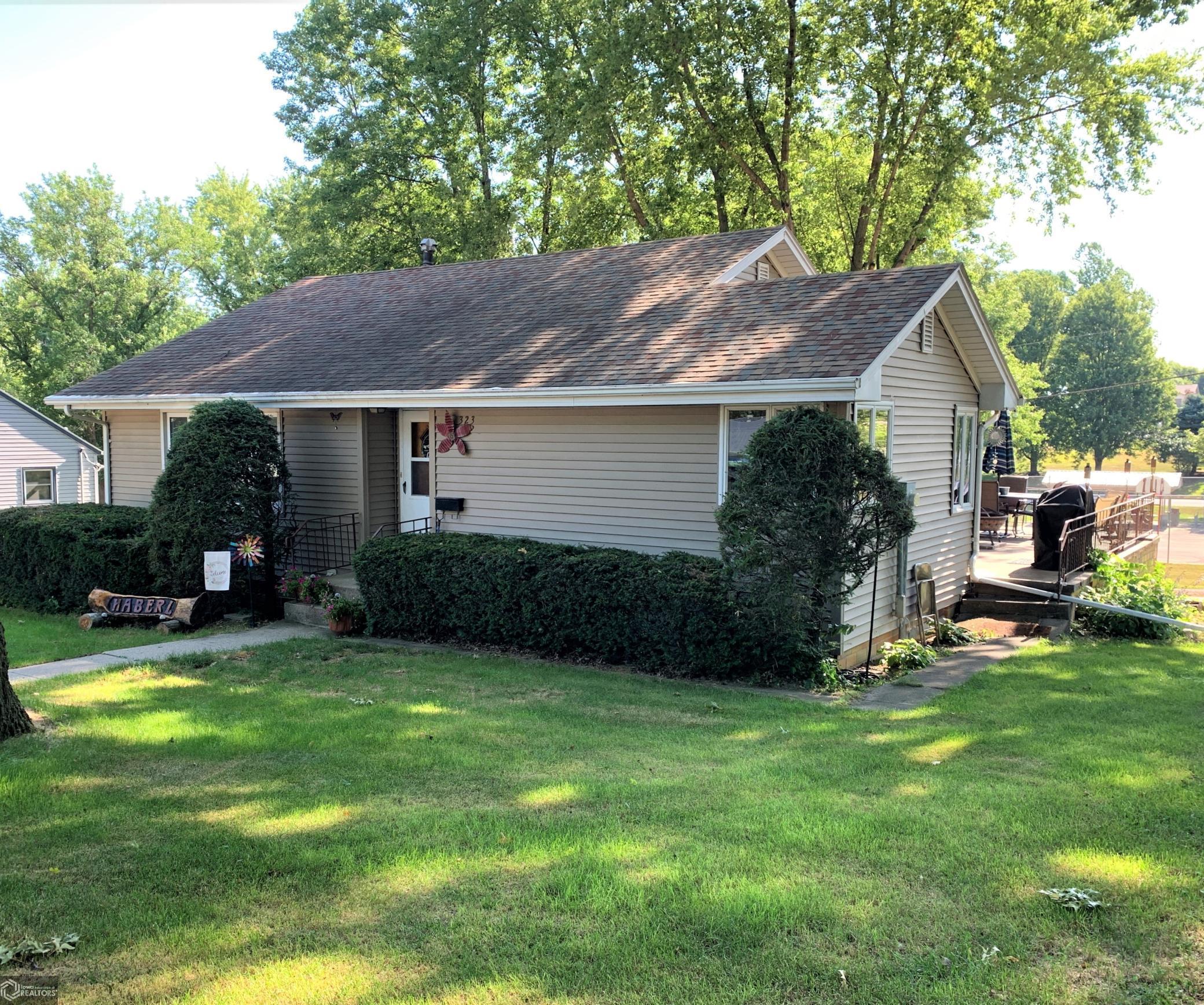 323 Eagle Street Property Photo - Westside, IA real estate listing