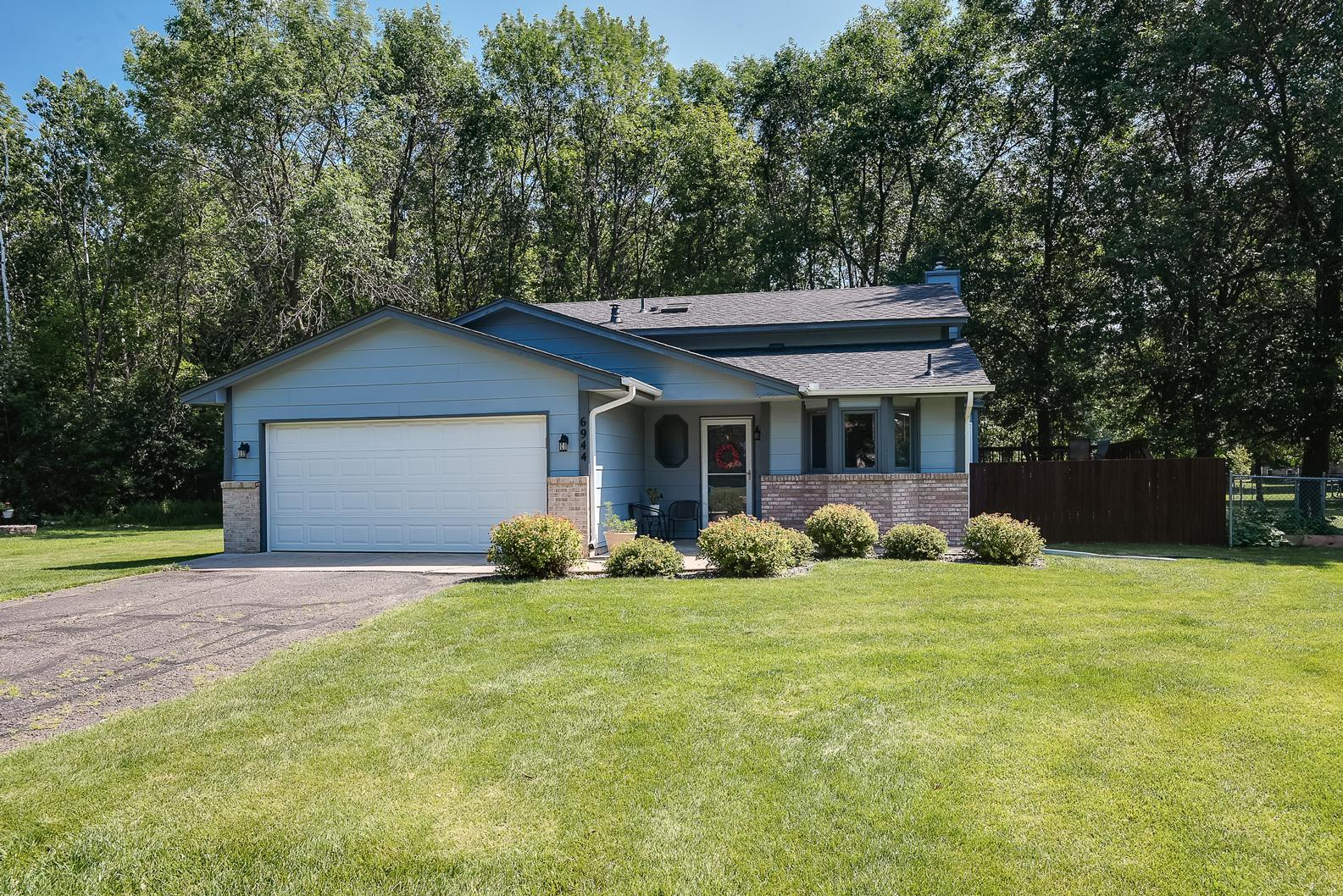 6944 Ivy Court Property Photo - Centerville, MN real estate listing