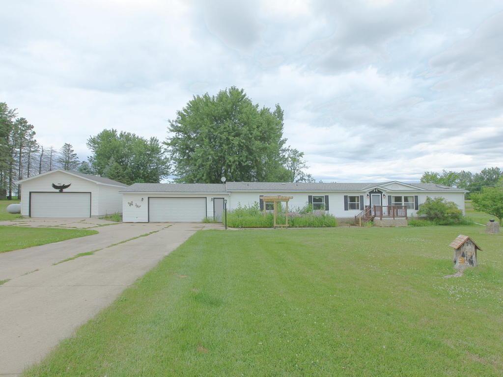 3032 190th Street Property Photo - Lester Prairie, MN real estate listing