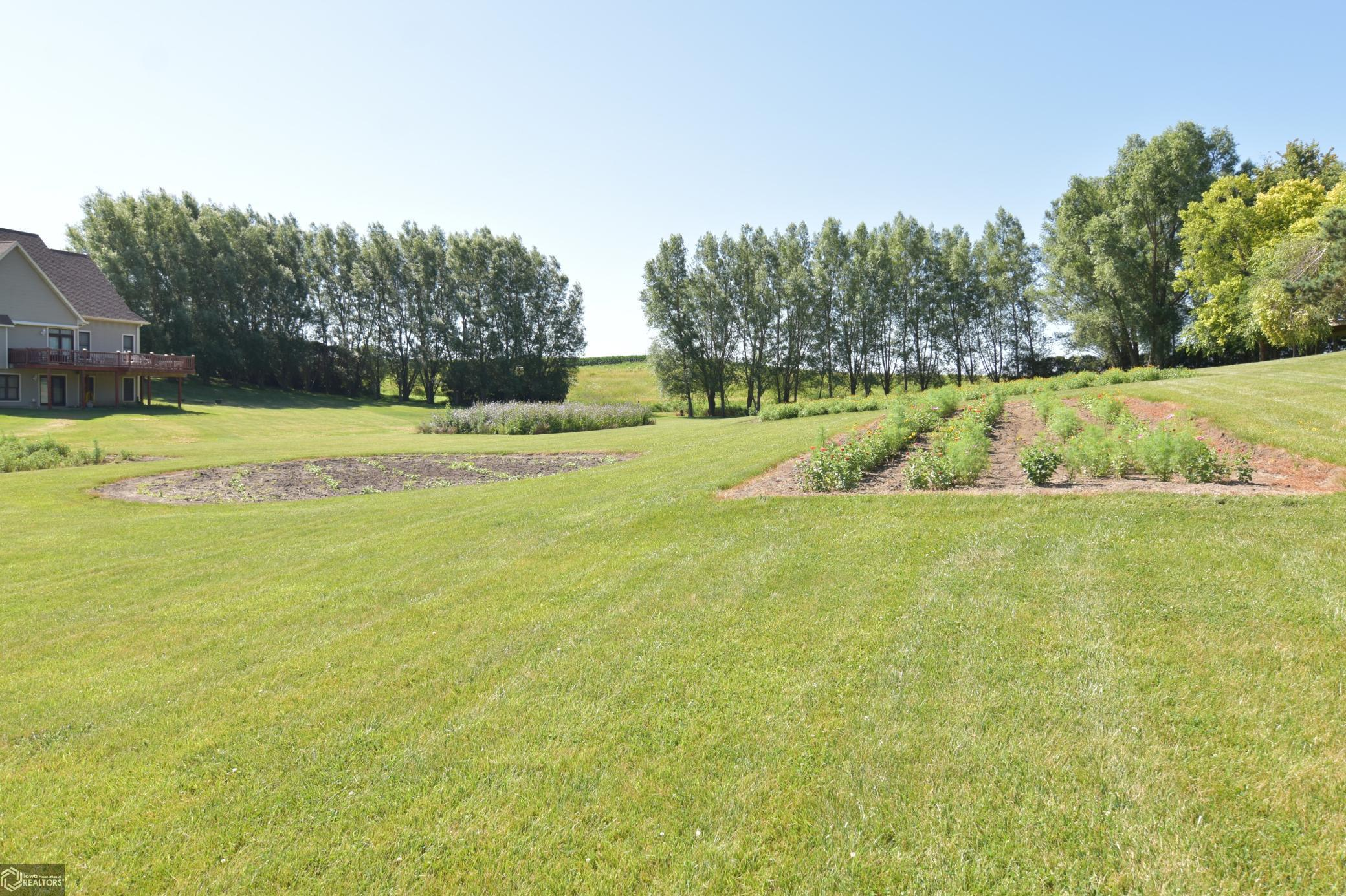 1528 239th Property Photo - State Center, IA real estate listing