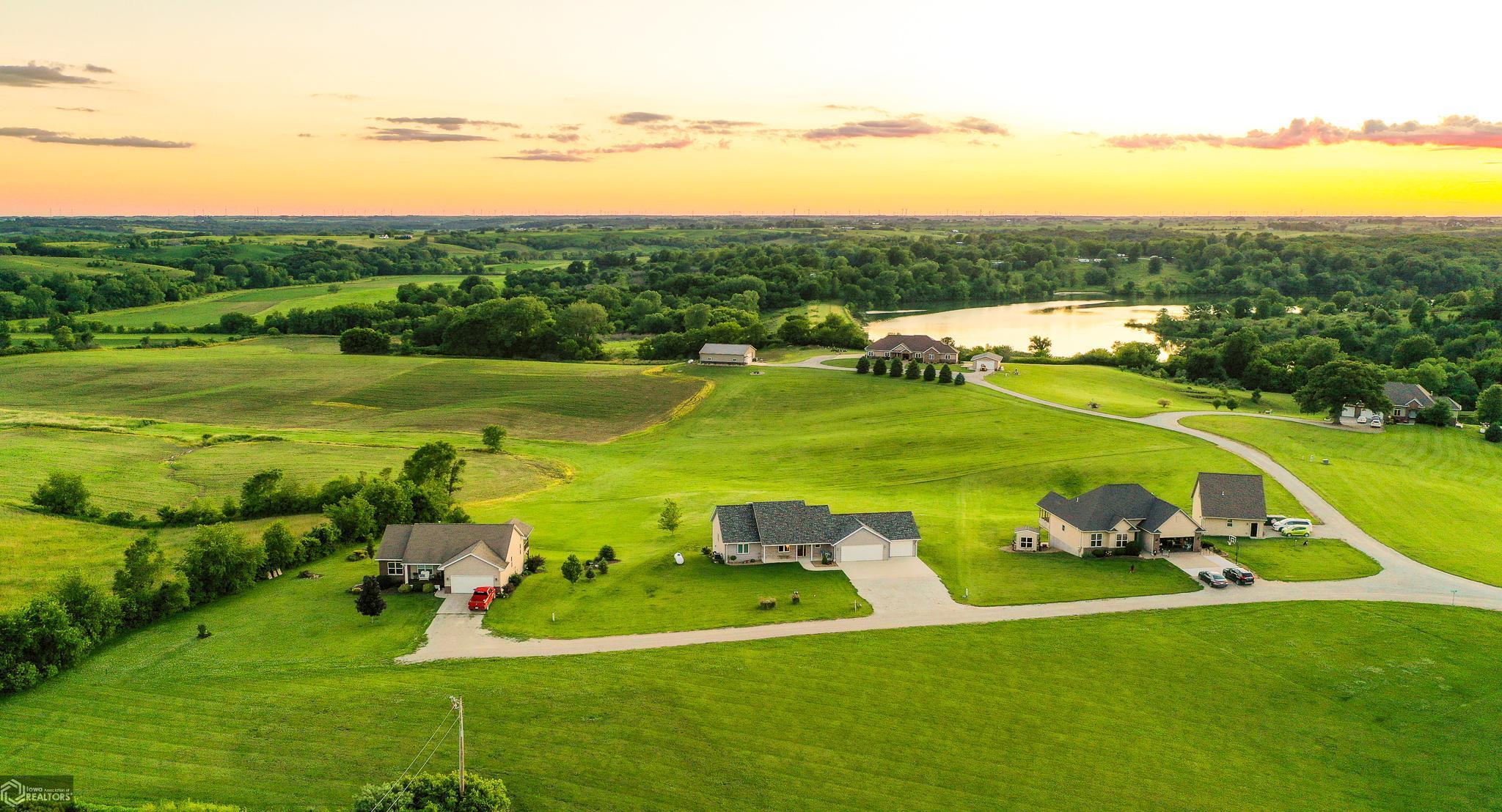52361 Real Estate Listings Main Image