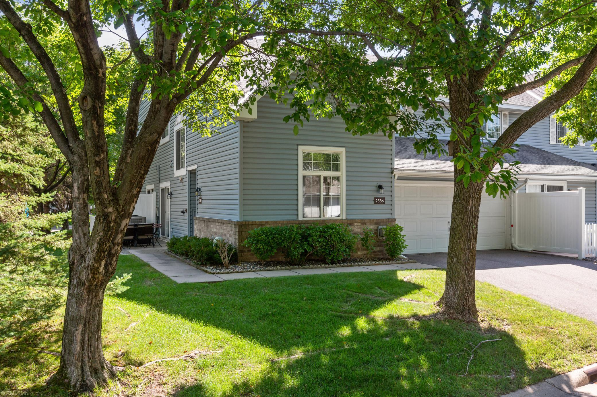 2586 Lockwood #80 Property Photo - Mendota Heights, MN real estate listing