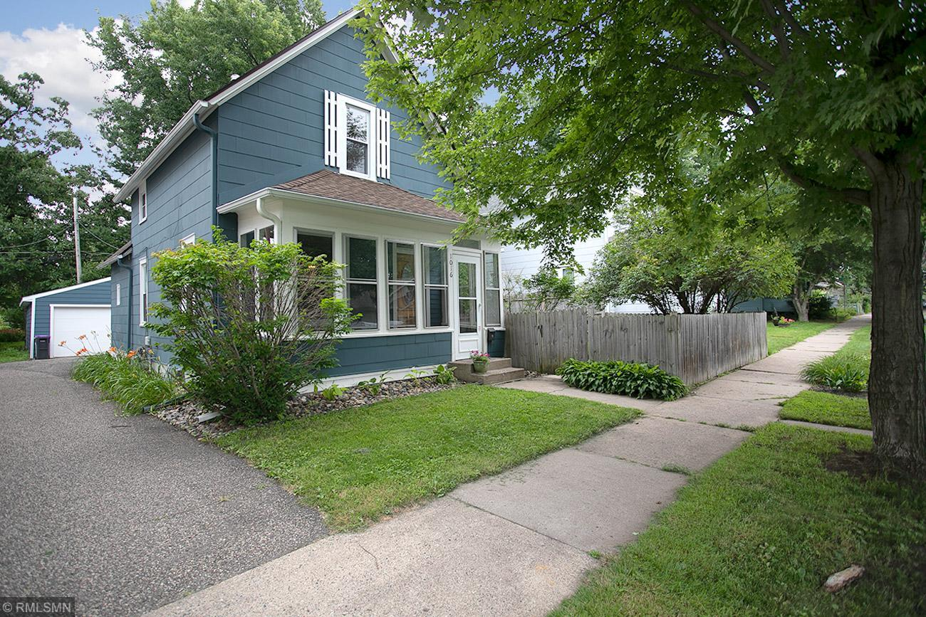 1016 Oxford Street N Property Photo - Saint Paul, MN real estate listing