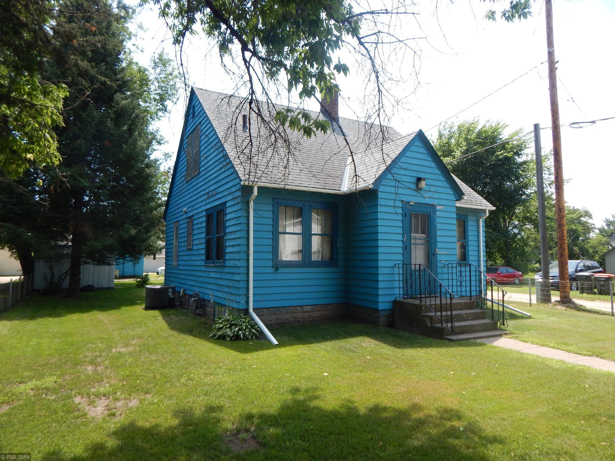 414 D Street Ne Property Photo