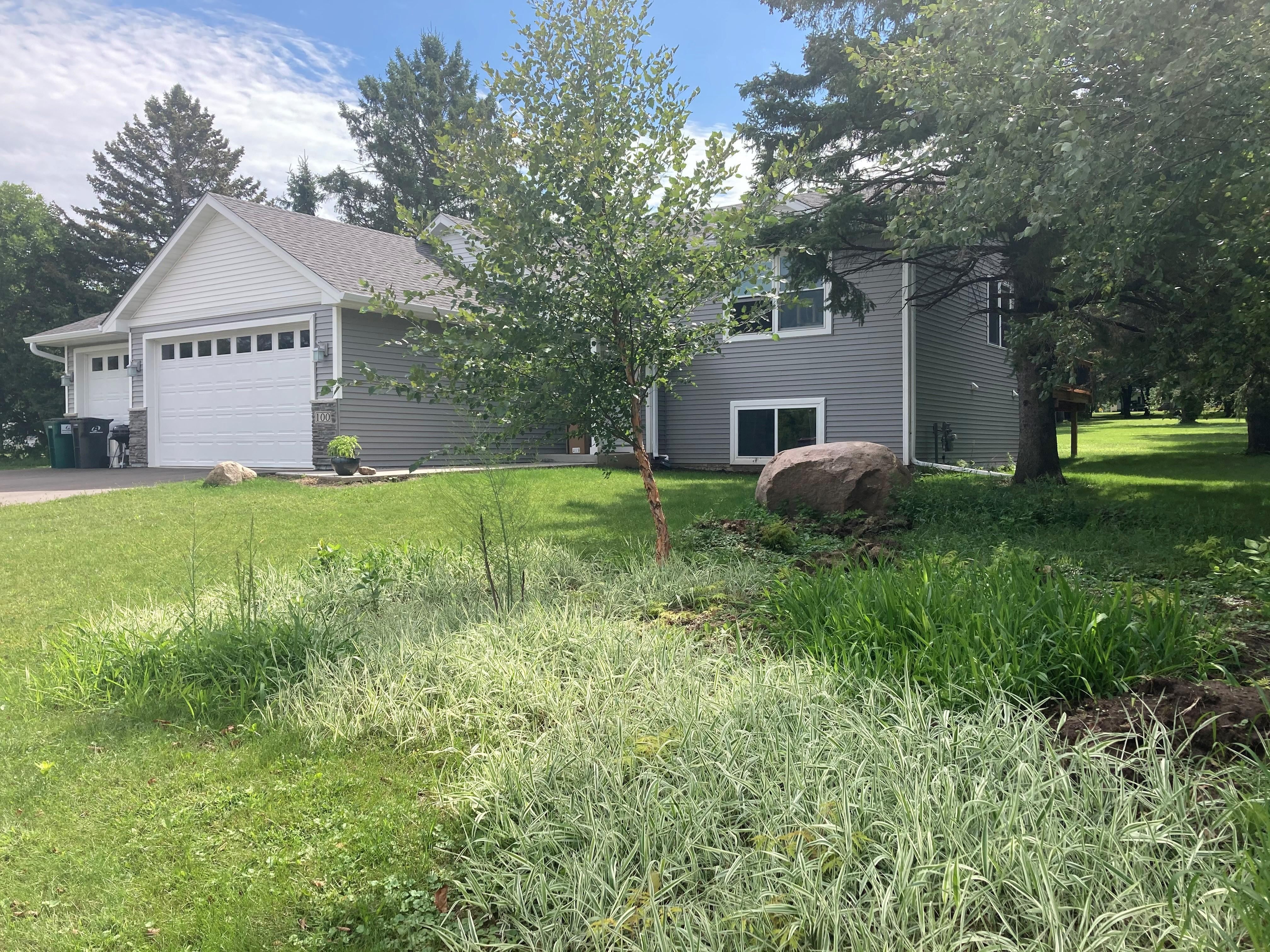 112 S Meadow Lane Property Photo - Roberts, WI real estate listing
