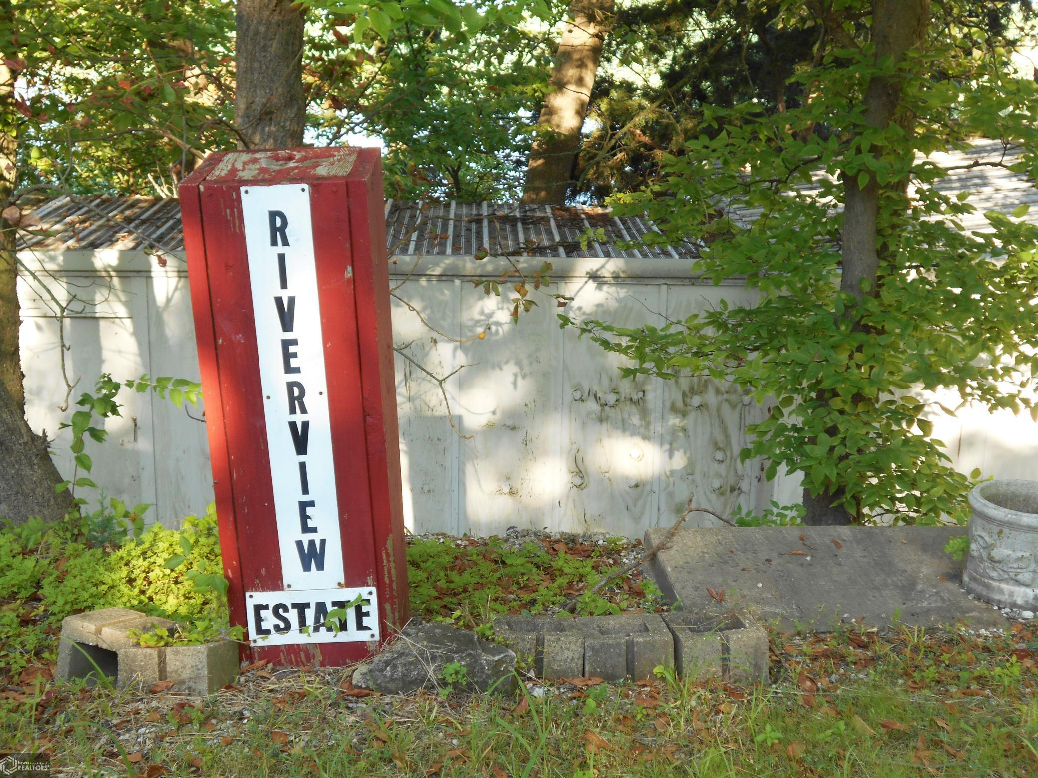 684 County Road 1630 Property Photo - Hamilton, IL real estate listing