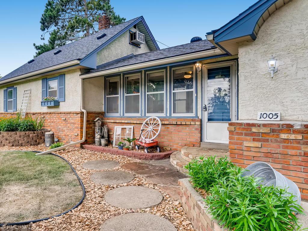 1005 Madison Property Photo - Anoka, MN real estate listing