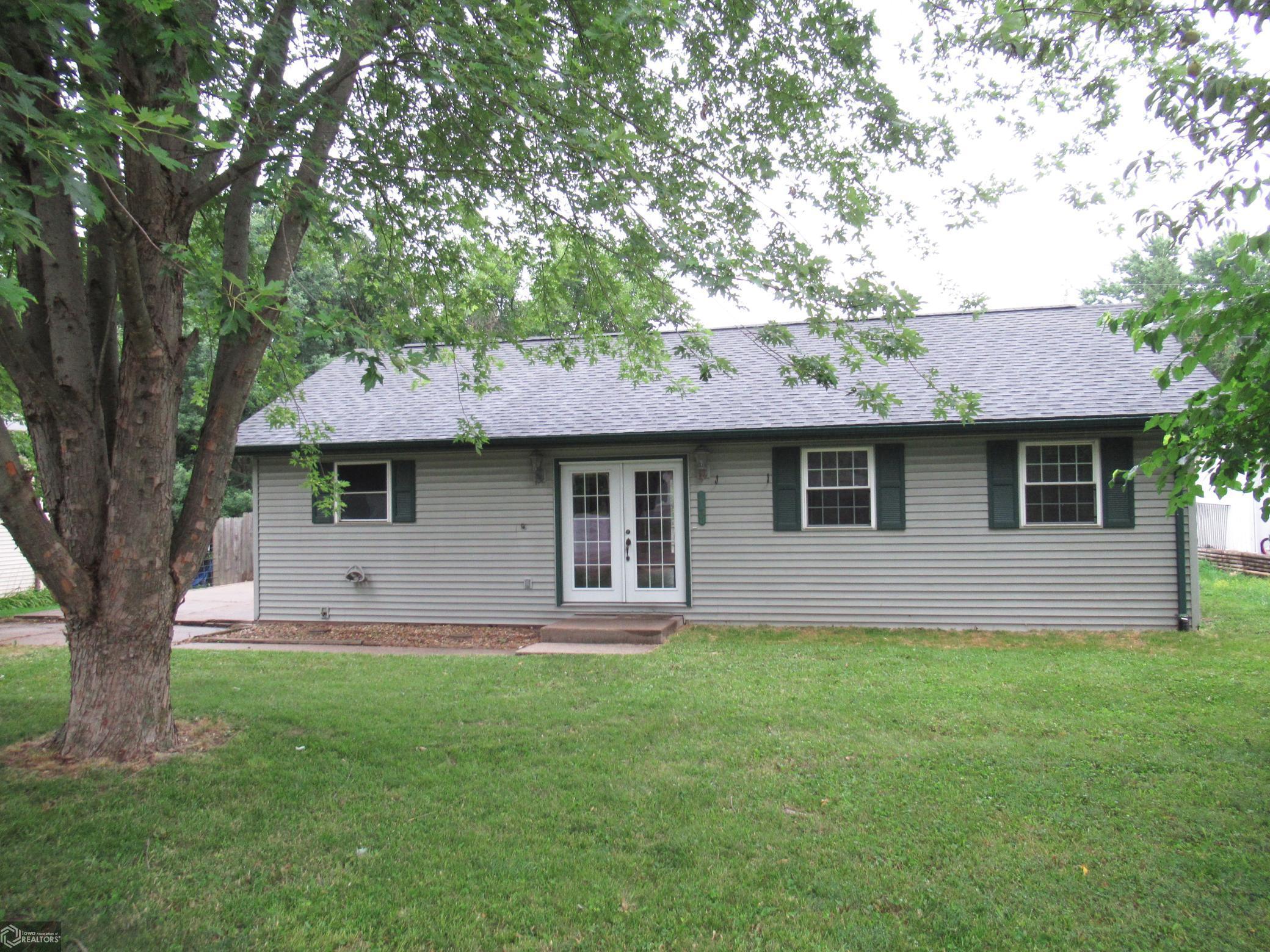 13 Westview Property Photo - Hamilton, IL real estate listing