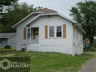 114 W 11th Street N Property Photo - Newton, IA real estate listing