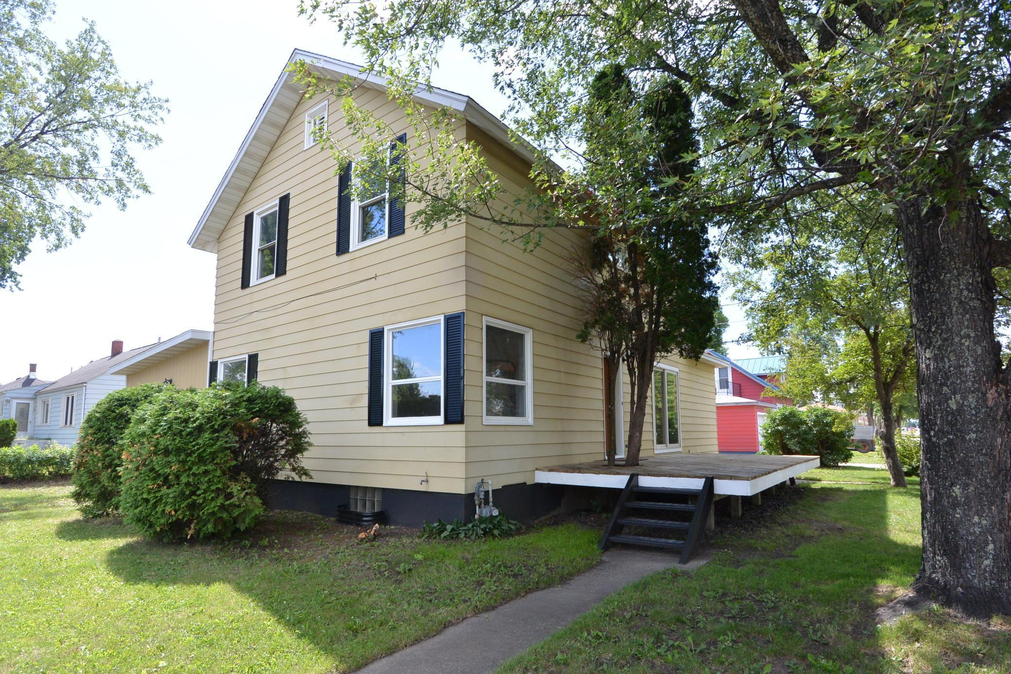 1420 9th Street S Property Photo - Virginia, MN real estate listing